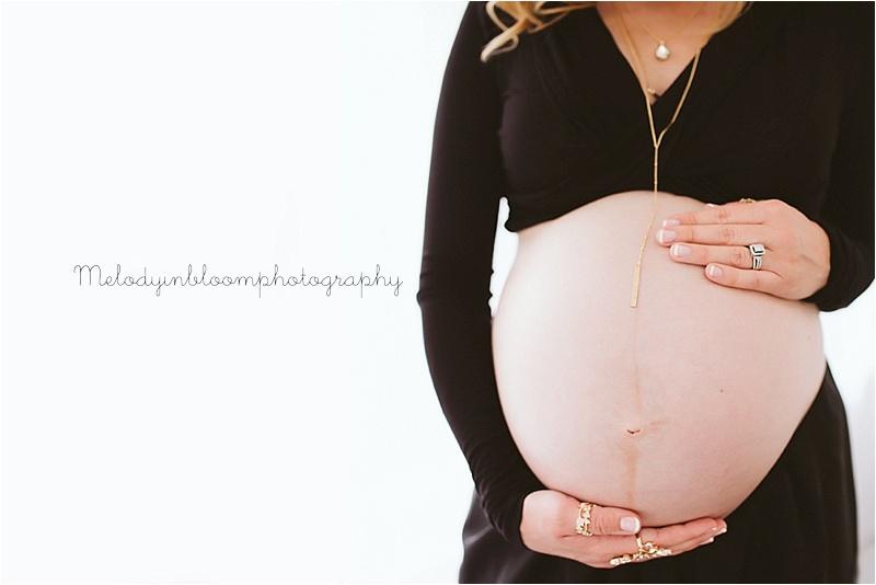 Lake Bluff Maternity Photographer